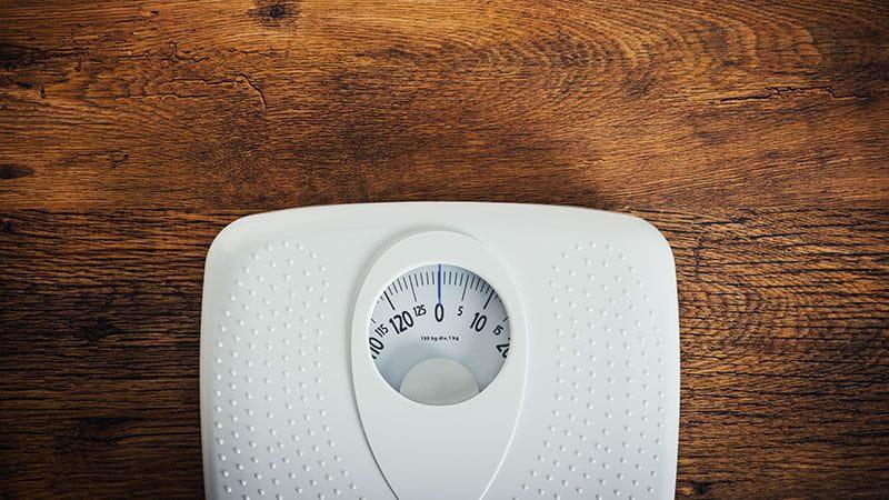 Hashimoto-Thyreoiditis und Gewicht Waage